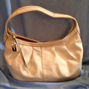 Coach ivory all leather hobo bag large NOT outlet